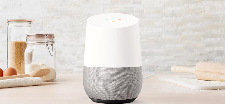 De Nederlandse Google Assistent nu ook via de Google Home bereikbaar.